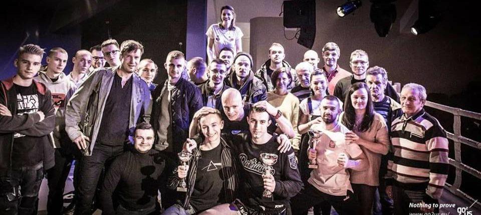 Wygrane naszych zawodników na Fight Time 17 zdjęcie grupowe